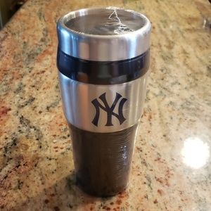 Yankees travel mug